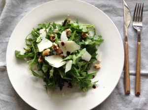 Rocket, Parmesan & walnut salad