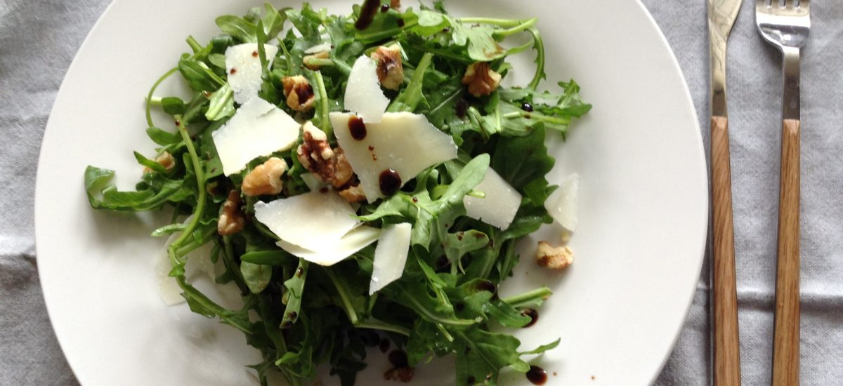 Rocket, walnuts & grana padano cheese salad