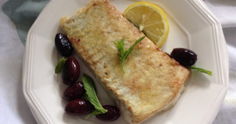 Lemon & mint smoked haddock with black olives
