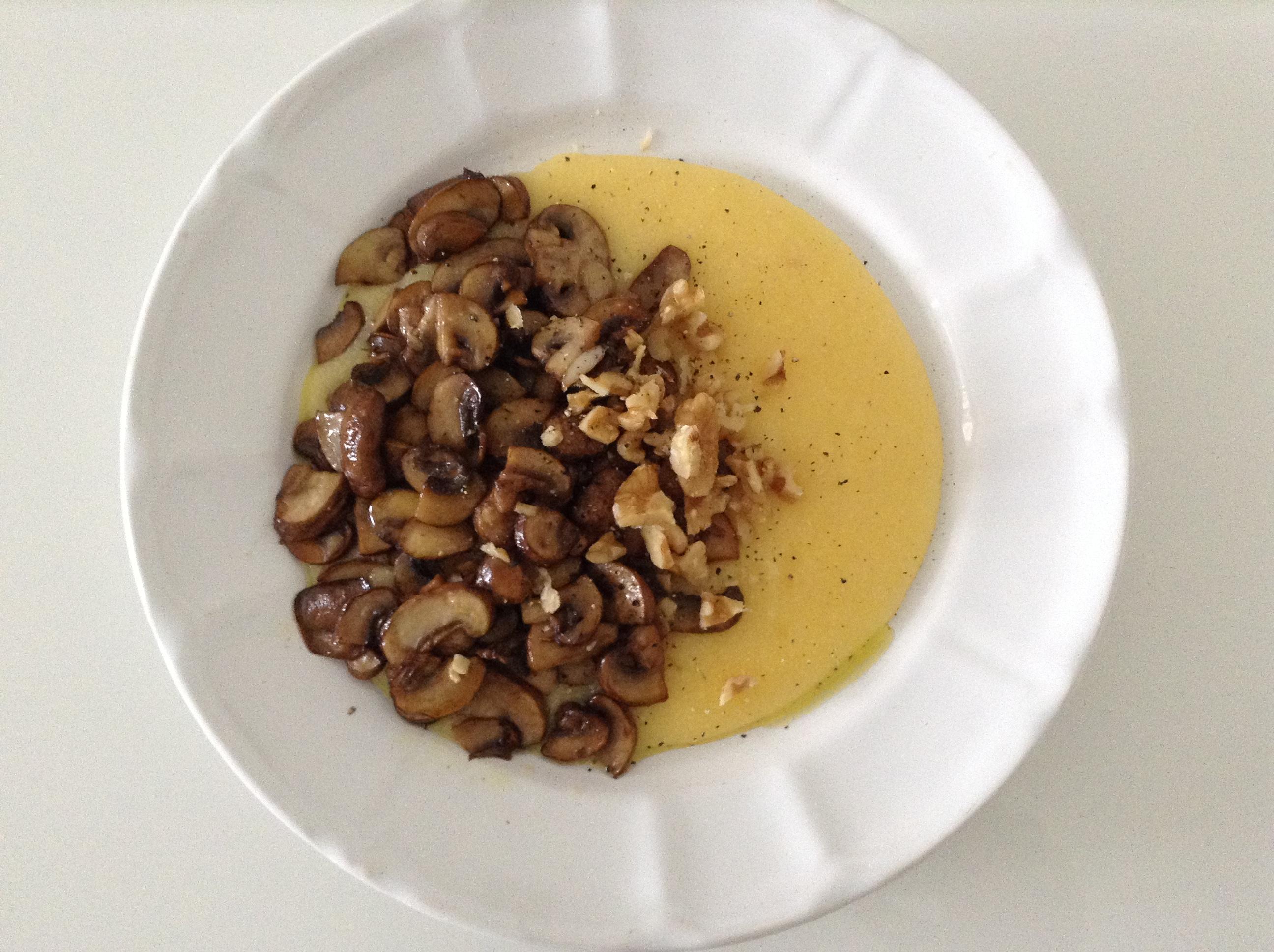 Polenta with mushrooms & crushed walnuts