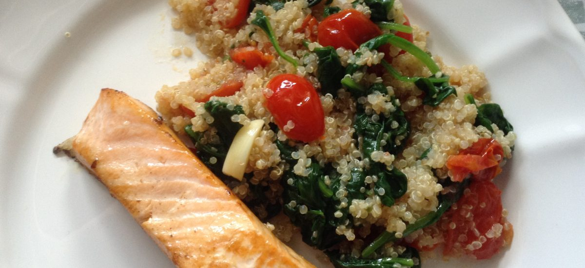 """Spinach and cherry tomatoes """"quinotto"""""""