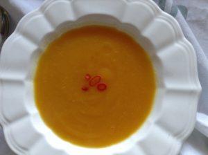 Tumeric & pumpkin soup