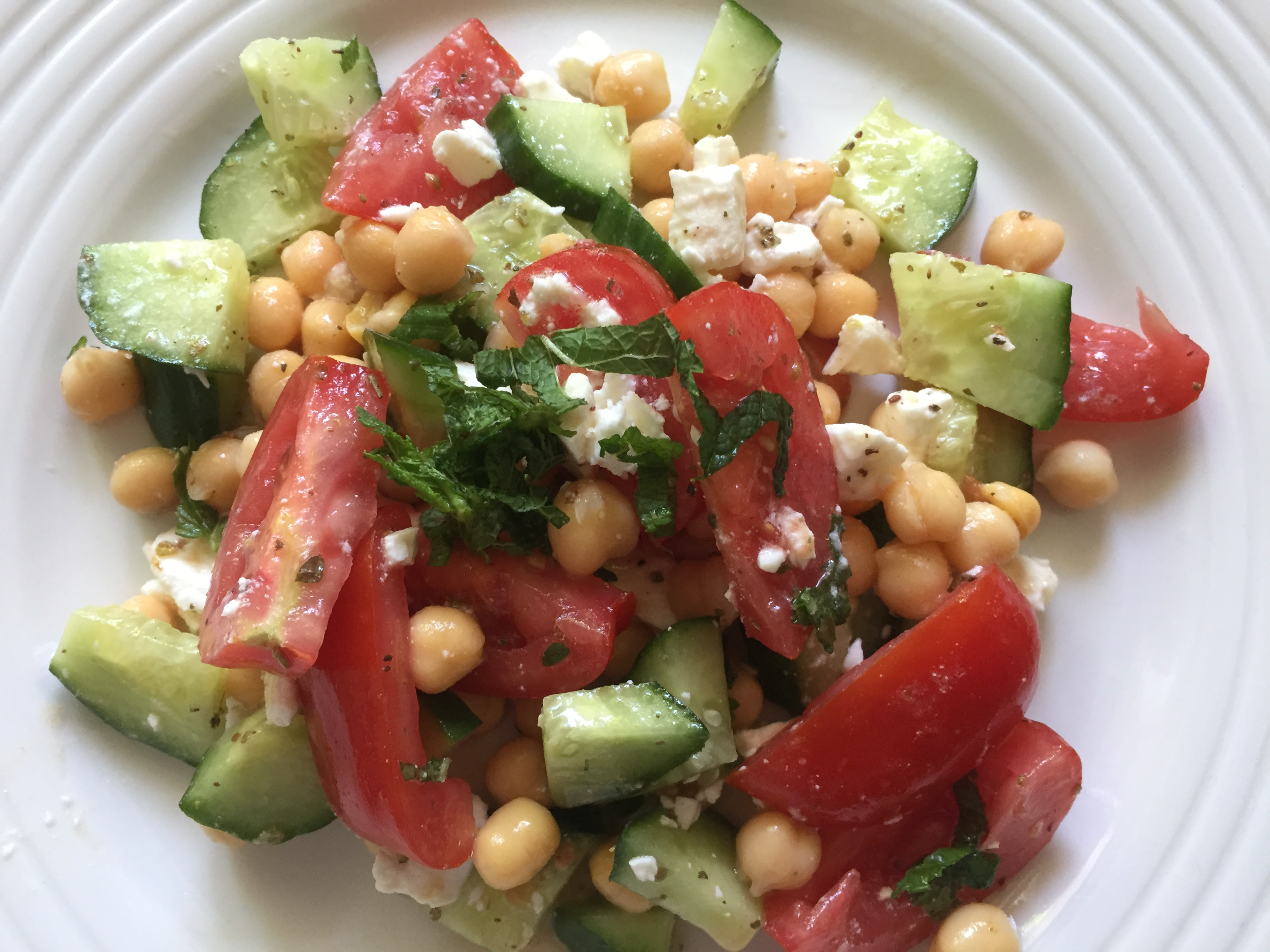 Chickpeas & feta salad + mint & zataar