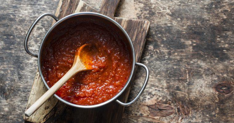 How to make Italian tomatoes sauce