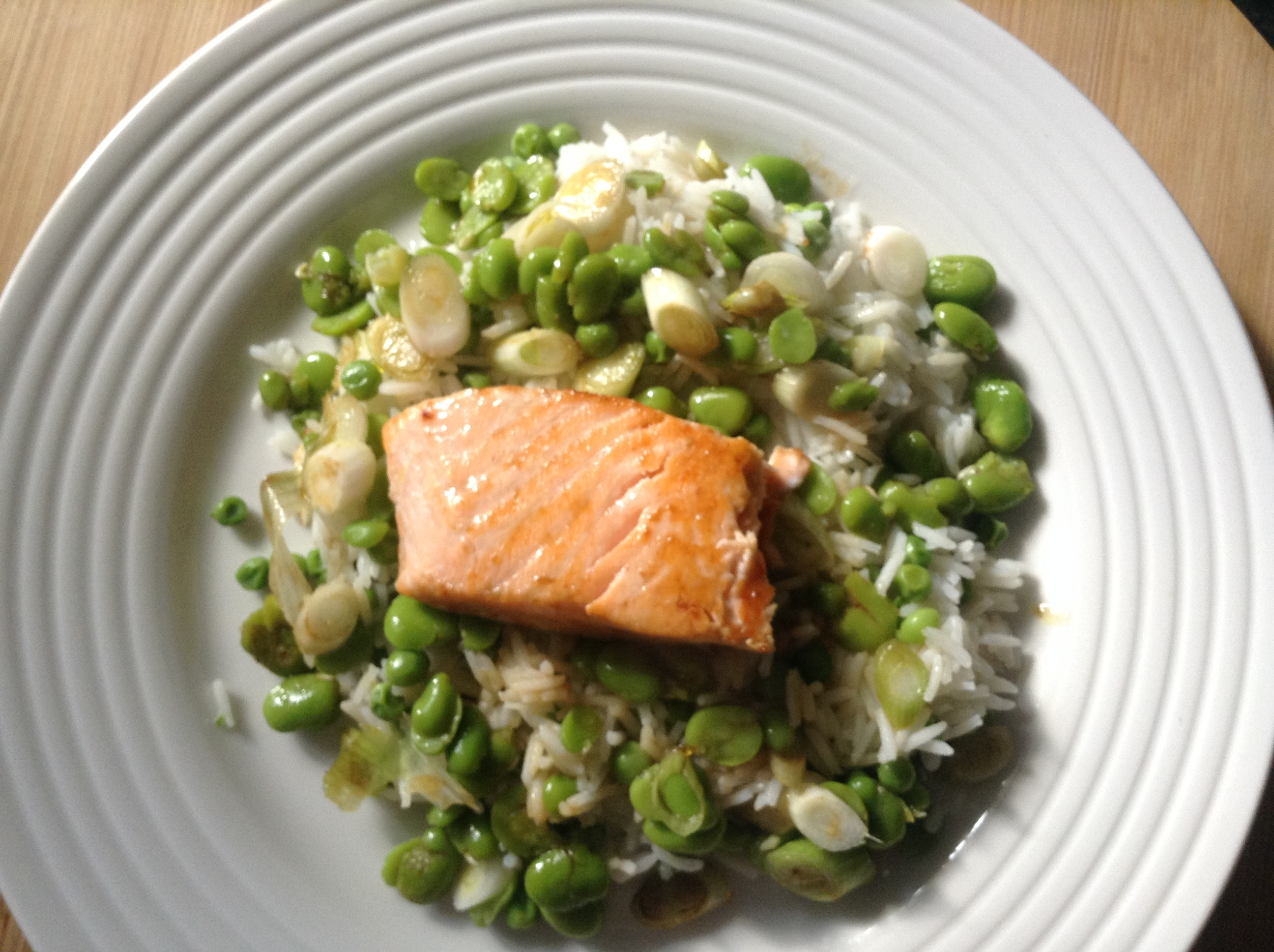 Easy salmon, broad beans, peas and tamari rice salad