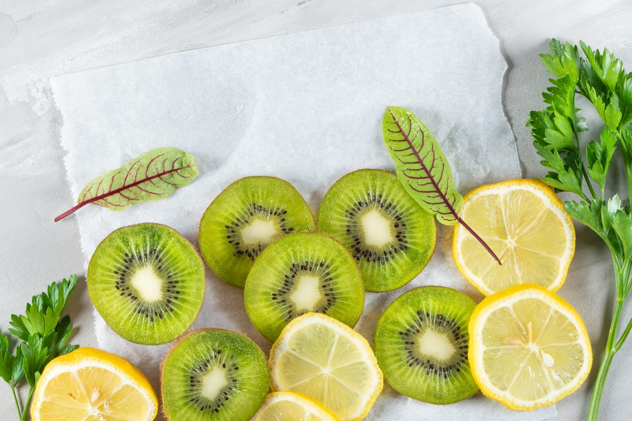 8 Vitamin C rich foods to add to your diet